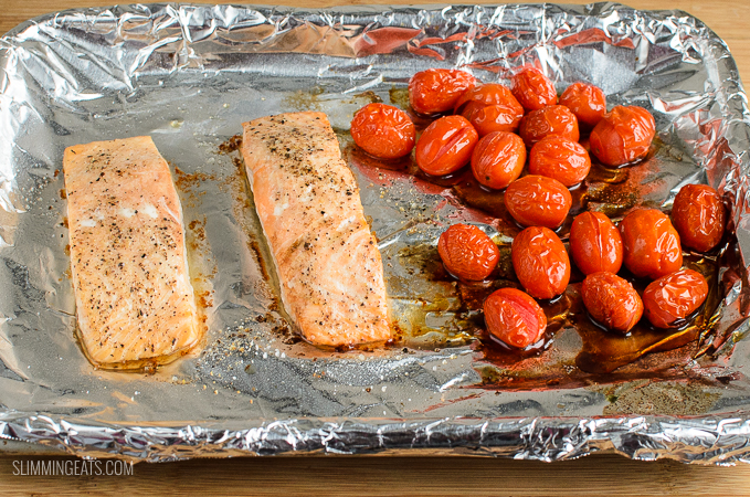 Salmon And Tomatoes With Rice Pilaf Slimming Eats Weight Watchers And Slimming World Recipes