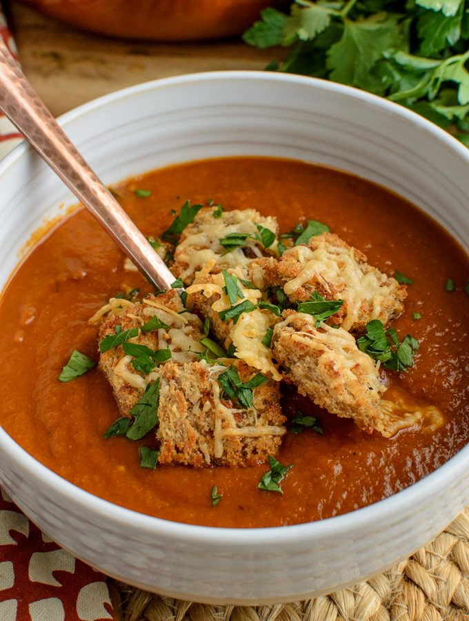 Roasted Aubergine and Tomato Soup with Parmesan Crouton - one of the most tastiest vegetables combined with the lovely natural sweetness of fresh tomatoes in this Amazing Soup, perfectly completed with some crispy Parmesan Croutons, what more could one ask for. Slimming World and Weight Watchers friendly | www.slimmingeats.com