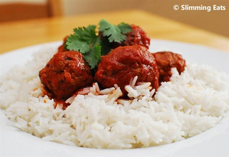 Slimming Eats Lamb Meatballs with a Spicy Tomato Sauce - gluten free, dairy free, paleo, Slimming World (SP) and Weight Watchers friendly