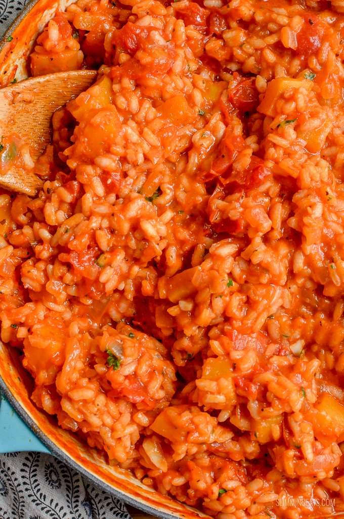Dig into a bowl of this DeliciousSyn Free Roasted Butternut Squash and Tomato Risotto - heavenly | gluten free, dairy free, Slimming World and Weight Watchers friendly