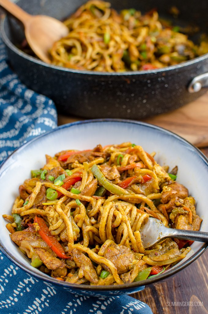 Slimming World Singapore Noodles >> Syn Free Chicken Singapore Noodles | Slimming World | Slimming Eats - Slimming World Recipes