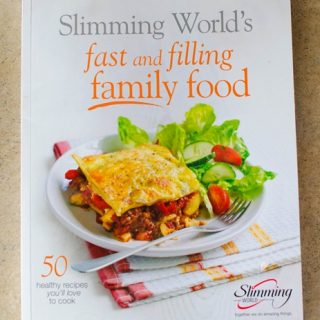 Slimming World Fast and Filling Family Food Cookbook Review