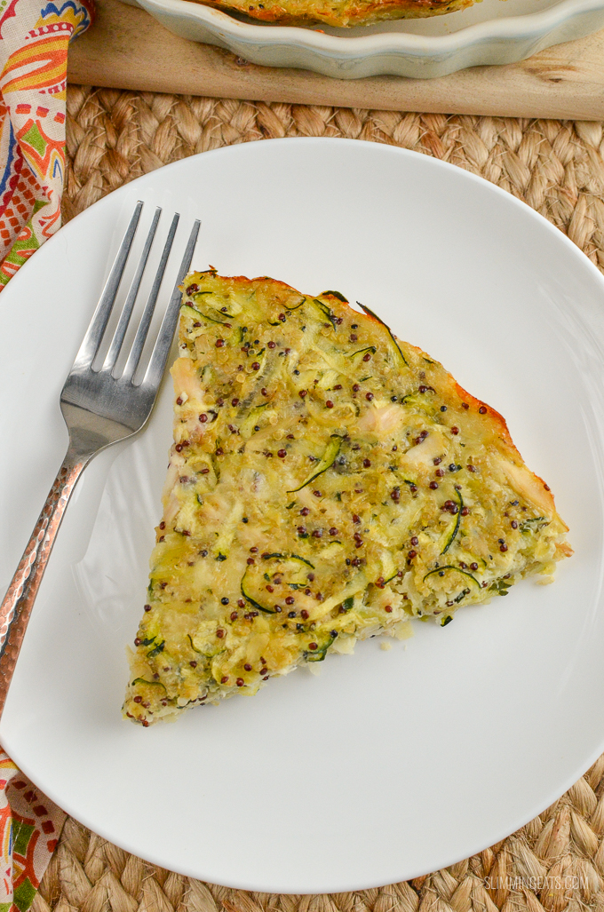 Syn Free Chicken, Zucchini, Parmesan and Quinoa Bakemakes the perfect protein-packed lunch or snack on the go for your the entire family. Gluten-Free, Slimming World and Weight Watchers friendly   www.slimmingeats.com
