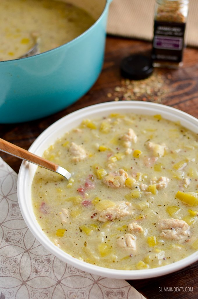 Delicious Creamy Chicken and Leek Soup - packed with heaps of flavour and is gluten and dairy free, as well as being paleo, whole30, Slimming World and Weight Watchers friendly