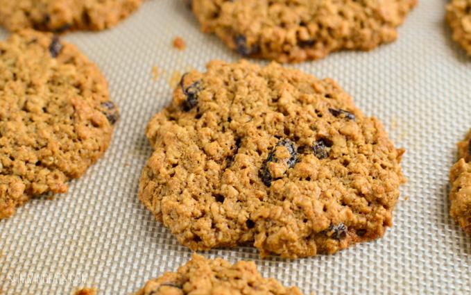 Slimming Eats CInnamon and Raisin Oatmeal Cookies - gluten free, dairy free, vegetarian, Slimming World and Weight Watchers friendly