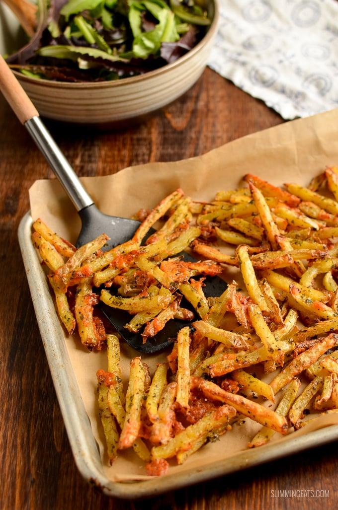 garlic parmesan fries on baking tray