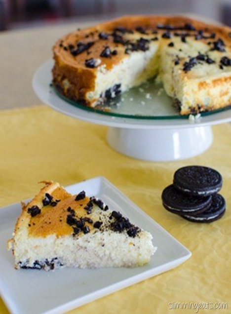 Slimming Eats Baked Oreo Cheesecake - Slimming World and Weight Watchers friendly