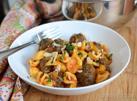 Slimming Eats Mini Beef and Portobello Mushrooms with Orecchiette - gluten free, Slimming World and Weight Watchers friendly