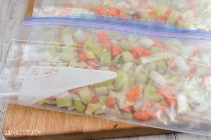 Slimming Eats Handy Make-Ahead Freezer Soup bags - for gluten free, dairy freee, vegetarian, paleo, Whole30, Slimming World and Weight Watchers