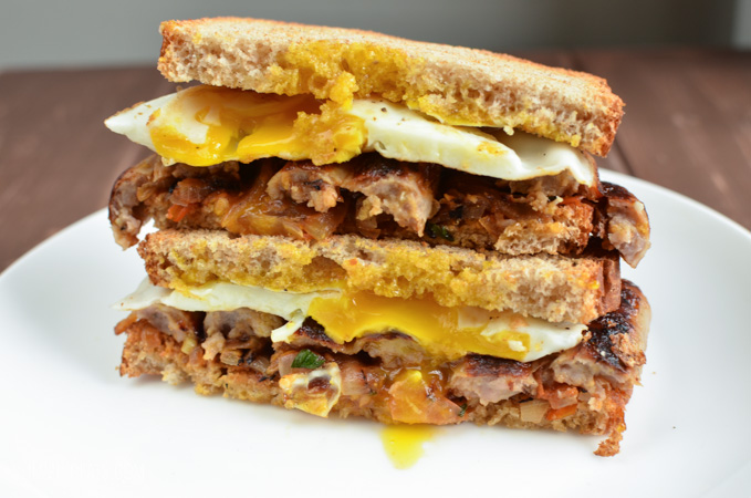 Slimming Eats The Ultimate Breakfast Sandwich - dairy free, vegetarian, Slimming World and Weight Watchers friendly