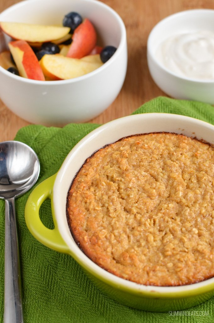 Slimming Eats Apple Cinnamon Baked Oatmeal - gluten free, vegetarian, Slimming World and Weight Watchers friendly