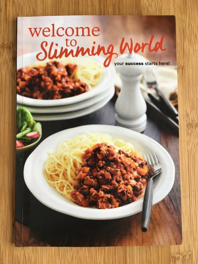 Slimming Eats - Slimming World Review - an outline of the amazing UK weight loss program, that helps you to lose weight by enjoying delicious and filling foods without the need to count calories or weigh foods.