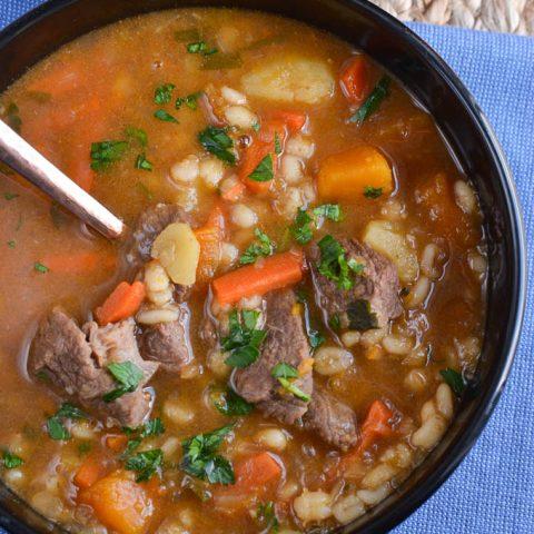 Beef and Vegetable Barley Soup