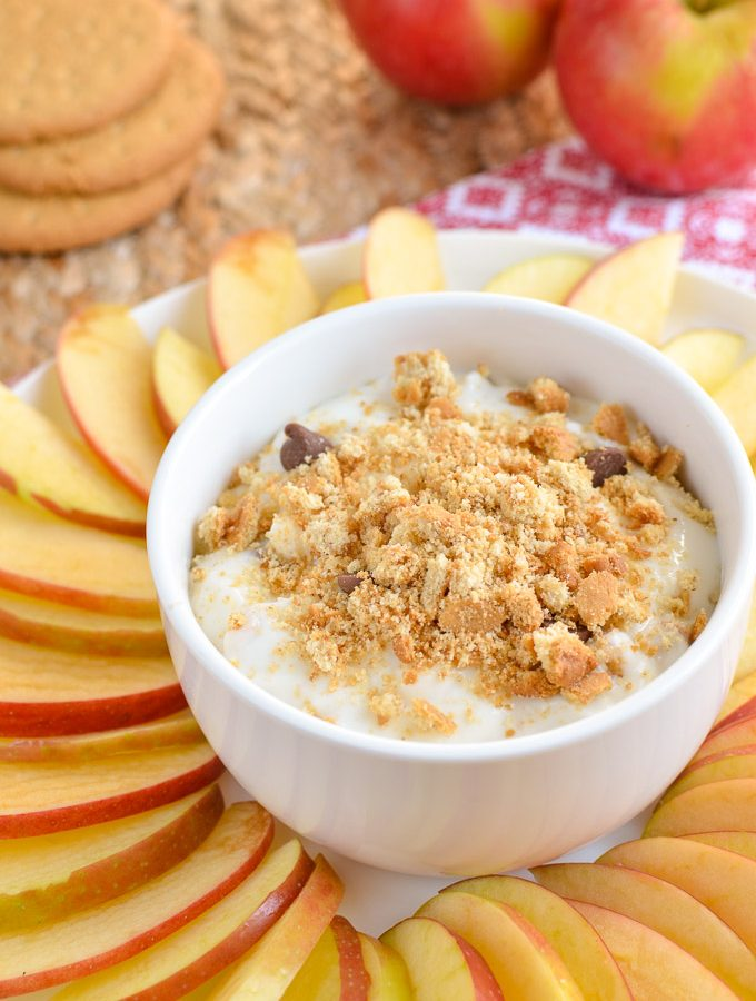 Low Syn Cheesecake Dip with Apple Nachos