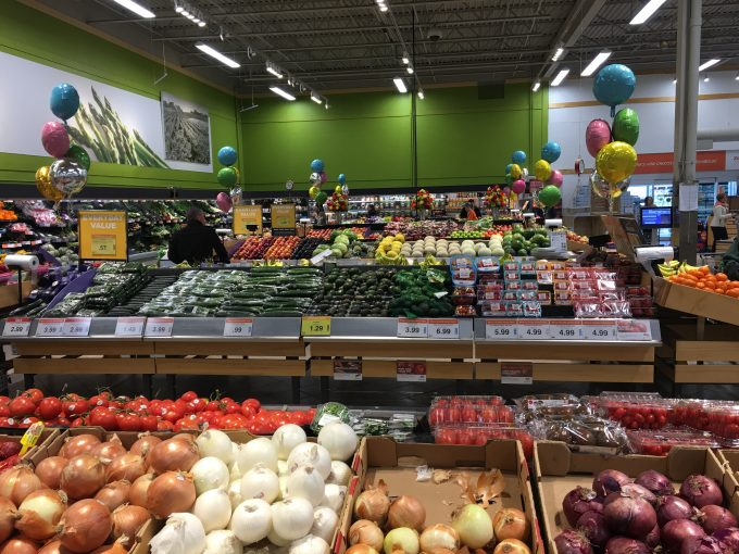 Slimming Eats - Eat How You Want to Feel: Loblaws Dietitian Program