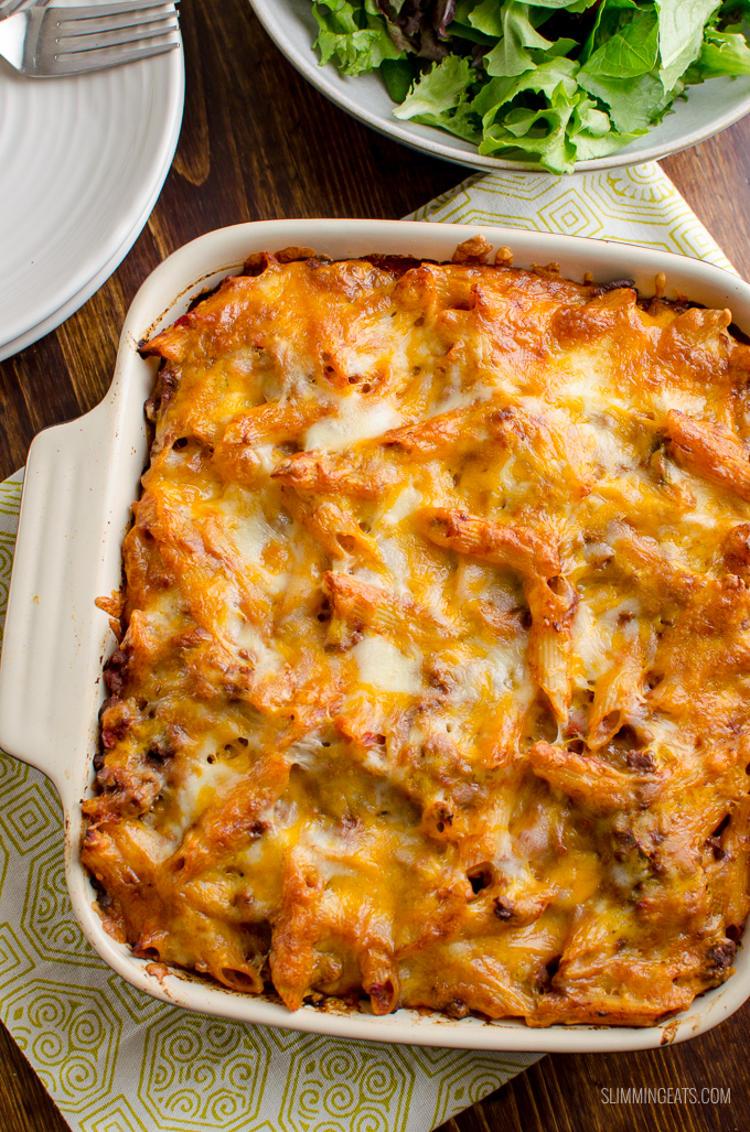 What better way to use up some leftover Sloppy Joes mix than in this delicious Sloppy Joe Pasta Bake, for a perfect family meal. Gluten Free, Slimming World and Weight Watchers friendly | www.slimmingeats.com