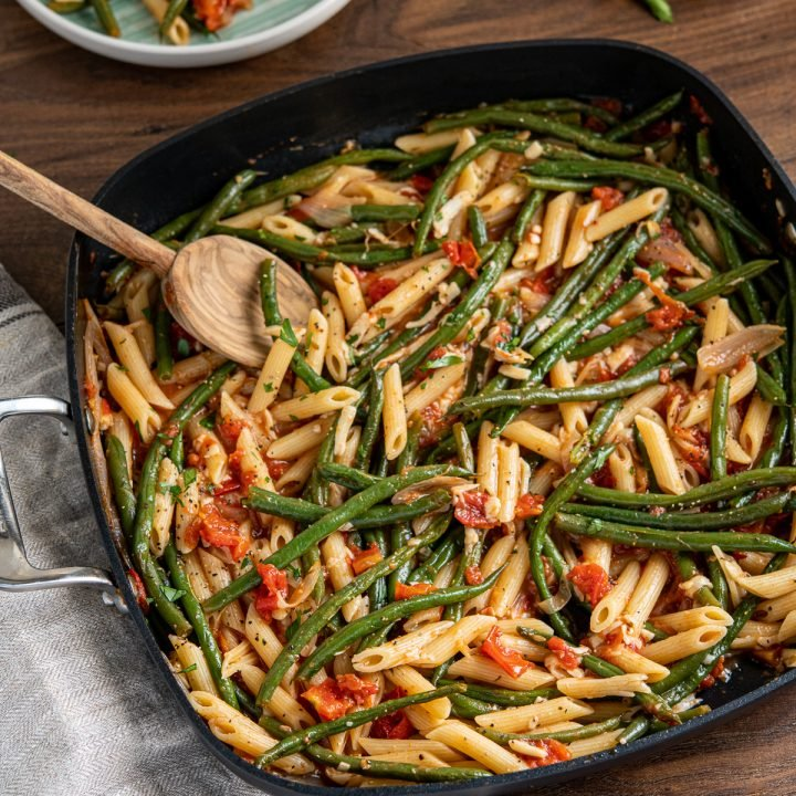 Roasted Green Bean and Tomato Pasta