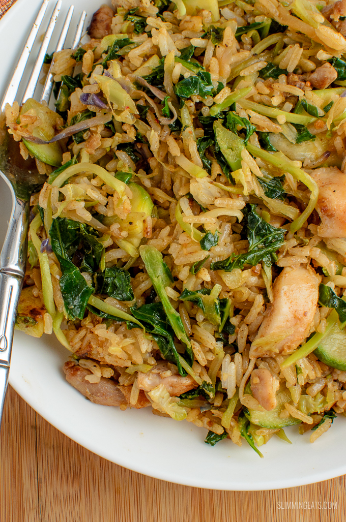 A fragrant delicious twist in this delicious Orange Ginger Chicken Fried Rice - a complete meal in a bowl. Gluten Free, Dairy Free, Slimming World and Weight Watchers friendly. SYNS: 0.5   CALORIES: 223   WEIGHT WATCHERS SMART POINTS: 4   www.slimmingeats.com