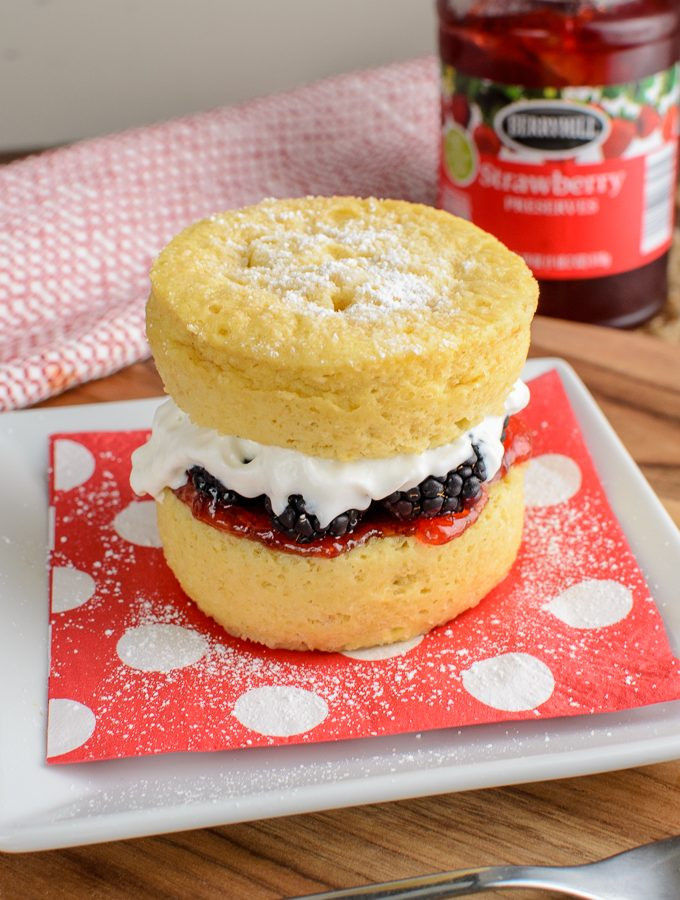 Low Syn Victoria Sponge Mug Cake | Slimming World
