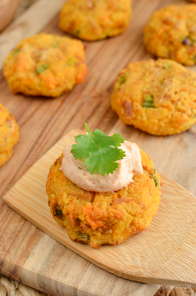 Syn Free Mini Tuna Couscous Patties - grab a few of these for a snack, serve as an appetizer or enjoy them for lunch with a mixed salad. Just a handful of simple ingredients for these delicious bites.   www.slimmingeats.com #weightwatchers #slimmingworld #synfree #tuna #fish