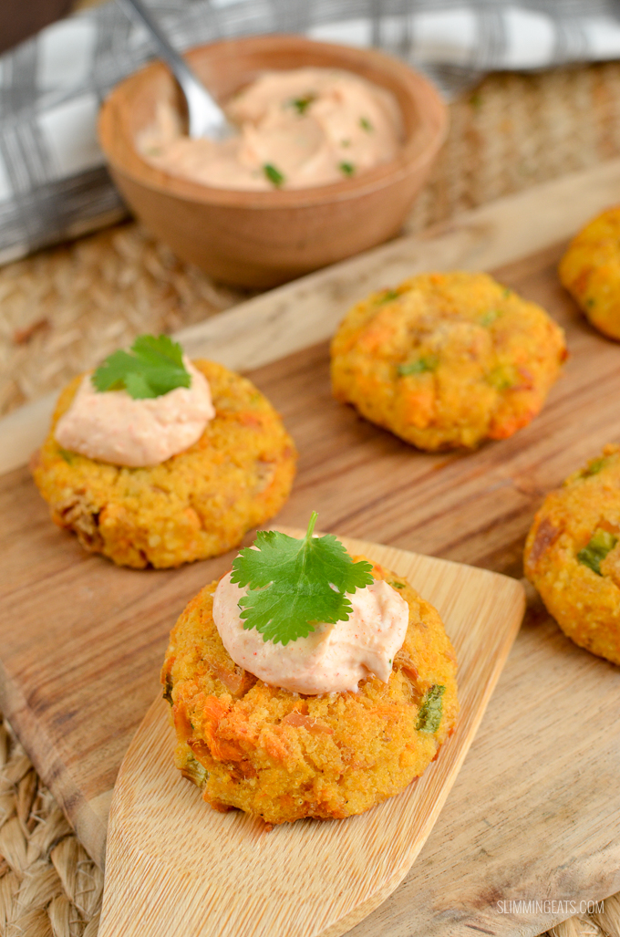 Syn Free Mini Tuna Couscous Patties - grab a few of these for a snack, serve as an appetizer or enjoy them for lunch with a mixed salad. Just a handful of simple ingredients for these delicious bites. | www.slimmingeats.com #weightwatchers #slimmingworld #synfree #tuna #fish