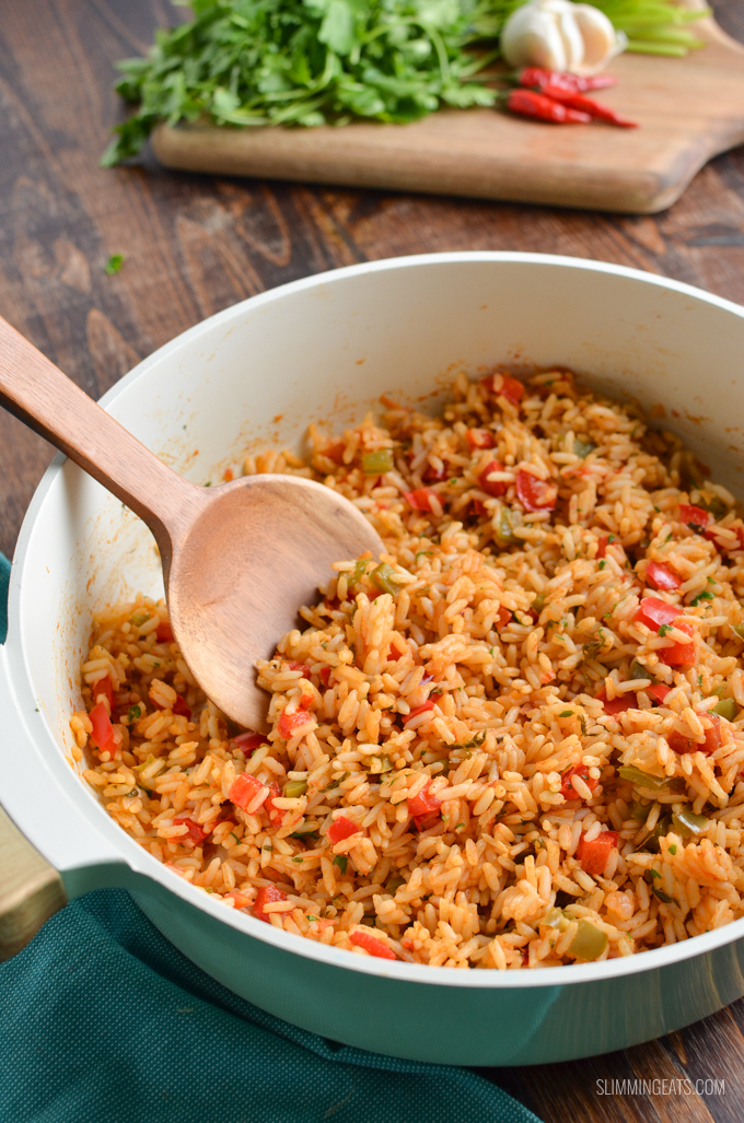 Try out my Authentic Syn Free One Pot Nando's Peri Peri Rice made using the freshest of ingredients to make it the perfect side for your Nando's Fakeaway meal. Gluten Free Dairy Free, Vegetarian, Slimming World and Weight Watchers friendly   #glutenfree #dairyfree #vegetarian #rice #slimmingworld #weightwatchers