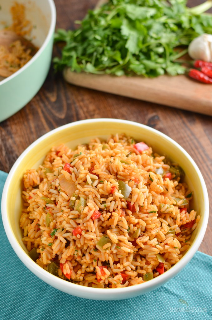 Try out my Authentic Syn Free One Pot Nando's Peri Peri Rice made using the freshest of ingredients to make it the perfect side for your Nando's Fakeaway meal. Gluten Free Dairy Free, Vegetarian, Slimming World and Weight Watchers friendly | #glutenfree #dairyfree #vegetarian #rice #slimmingworld #weightwatchers