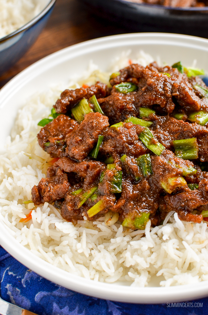 Low Syn Mongolian Beef - the ultimate fakeaway dish that you don't need to keep for just weekend. Tender Strips of Beef in a Thick Sweet Asian Sauce.  | gluten free, dairy free, paleo, actifry, Slimming World, Weight Watchers friendly