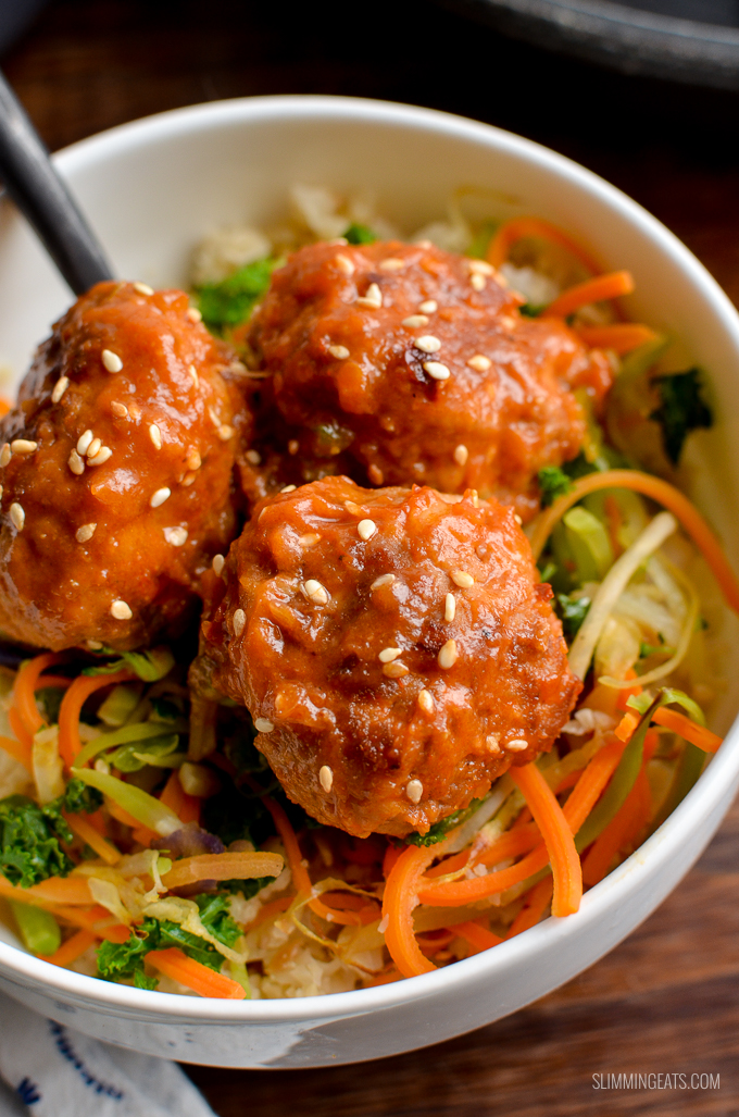 Delicious Low Syn Pork Meatballs with Spicy Pineapple Sauce - easy quick and a perfect meal for the whole family. | gluten free, dairy free, paleo, Whole30, Slimming World and Weight Watchers friendly