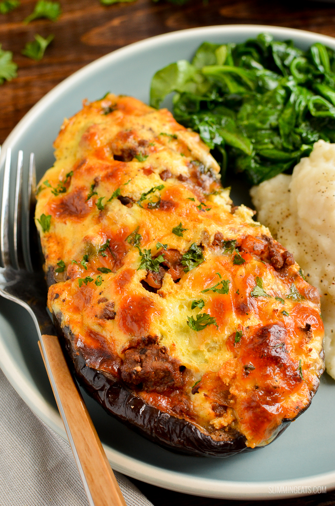 Delicious Syn Free Stuffed Eggplant with ground beef in a delicious tomatoey sauce topped with ricotta and mozzarella - heavenly. | gluten free, Slimming World and Weight Watchers friendly