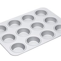 "MasterClass Silver Anodised Large 12-Hole Muffin Tin / Baking Pan, 42 cm (16.5"")"