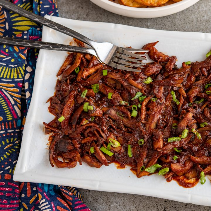 Pulled Mushrooms with BBQ Sauce