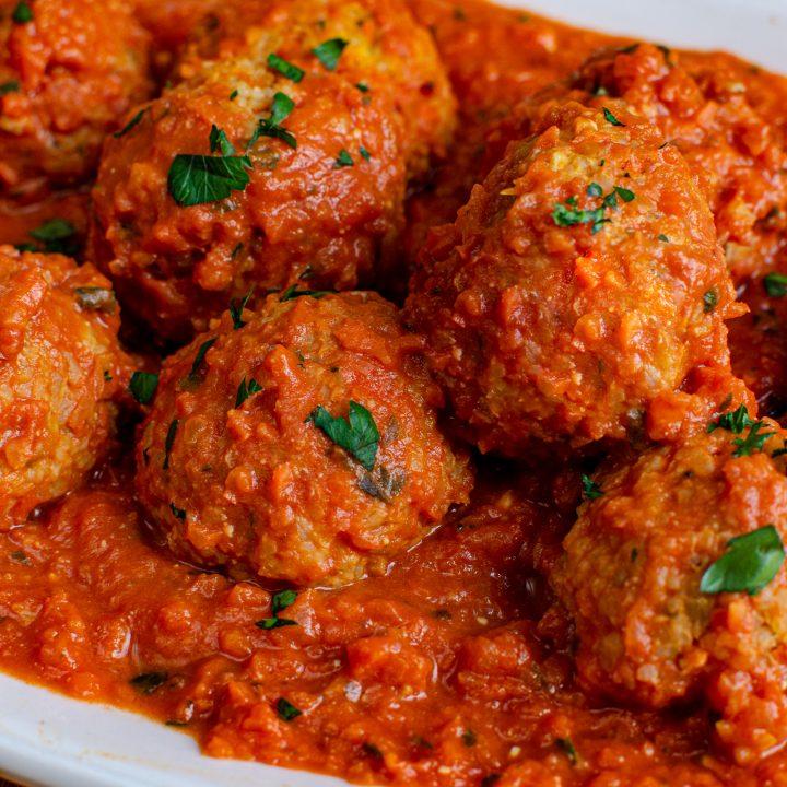 Vegetarian Meatballs in Creamy Tomato Sauce